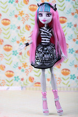 Rochelle ~ 131/365 (Hamsteh) Tags: monster gargoyle mh rochelle monsterhigh rochellegoyle