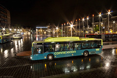 Haarlem, Stationsplein (Tim Boric) Tags: longexposure bus haarlem autobus stationsplein connexxion flickrfriday