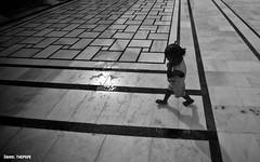 Labyrith's Life (DanielThepopePH) Tags: india children child indian poor tajmahal agra punjab sick amritsar jaipur goldentemple ganga gange {aggiungereleparolechiavedelimitatedapuntoevirgola}