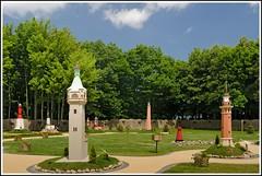 Leuchtturm Modell Park Niechorze (Rainer Lott / Stefanie Esch) Tags: polen ostsee modell leuchtturm modellpark