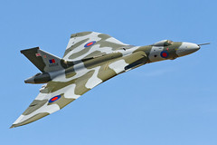 Avro Vulcan B2 - 4 (NickJ 1972) Tags: aviation september airshow duxford b2 vulcan 2012 avro 698 xh558 gvlcn spiritofgreatbritain