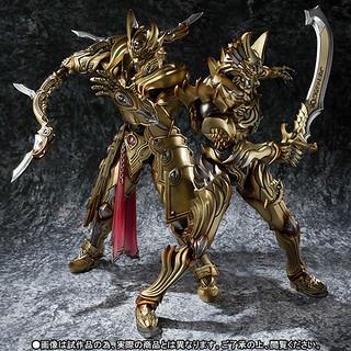 魔戒可動 炎刃騎士Zen 和 天弓騎士Guy 金色配色 套裝