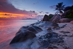 Coucher de soleil sur Anse Source d'Argent #3 [ Île de la Digue ~ Seychelles ] (emvri85) Tags: sunset beach zeiss island rocks seychelles plage coucherdesoleil rochers ladigue praslin ansesourcedargent leefilters d800e