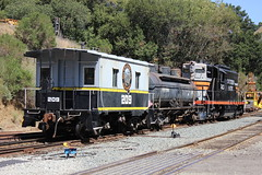 Switching Brightside (CaliforniaRailfan101 Photography) Tags: yard diner cadillac sp ge southernpacific switching emd sd9 gp9 nw2 nilescanyonrailway centercab ncry sw900 rprc sp5623 80tonner brightsideyard sp9010 southernpacific9010 southernpacific5472 southernpacific5623 southernpacific901050thbirthdaycelebration kraussmaffeiml4000cc torpedoboatgp9 richmonpacific