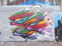 DSCN5755 (en-ri) Tags: muro verde wall writing torino graffiti grigio faces rosa giallo viola colori facce profili visi skia