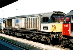 58020 and 47780 at Didcot. 21-Apr-02 1; Ref-D103 (paulfuller128) Tags: class bone gif acts 58 eastleigh ews class58 c58lg