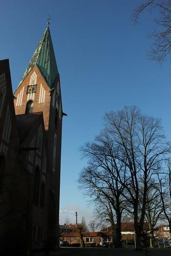 "Lutherkirche Soltau 2015 (02) • <a style=""font-size:0.8em;"" href=""http://www.flickr.com/photos/69570948@N04/16256791240/"" target=""_blank"">Auf Flickr ansehen</a>"
