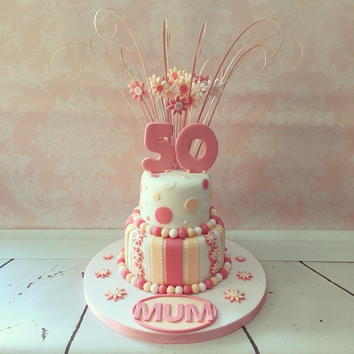 Todays Pretty 50th Birthday Cake A Popular Design Ive Done In Number
