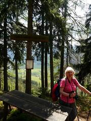 Ursula am (at) Kamplriedel (rudi_valtiner) Tags: alps austria sterreich board schild signpost alpen ursula steiermark autriche styria tafel hochschwab grnersee trags oberort kamplriedel kamplsteig wanderung20160507