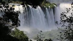 28 segundos en Iguaz (Jos M. Arboleda) Tags: brasil canon eos video agua jose 5d catarata iguaz cascada arboleda ef70200mmf4lisusm josmarboledac marlkiii