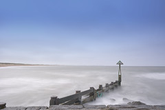 Seaton Sluice Groyne (aaronlambert1982) Tags: ocean longexposure sea summer seascape beach bay coast nikon rocks northsea coastline tyneside hightide whitley northtyneside seatonsluice northeastengland leefilters collywellbay leebigstopper nikond7100