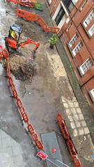 20160620_105129 (Carol B London) Tags: tarmac courtyard charcoal e1 wedge sgc ids stepney londone1 stepneygreen newlayout newsurface charcoalbricks steneygreencourt wedgeengineering