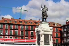 IMG_2233 (ladislaus_nim) Tags: valladolid plazamayor estatua condeansurez barriocentro carriocentro