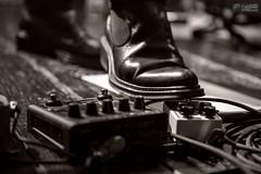 Max Cottafavi (Luigi Ligotti) Tags: bw music shoe guitar live bn concerto musica palermo guitarist piede chitarra dorian scarpa pedale chitarrista ligabue astoundingimage acquariopalude