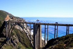 Rocky creek bridge (oriana.italy) Tags: california usa montereycounty carmelbythesea rockycreekbridge img0210 cabrillohwy bigsurcoastline paificocean
