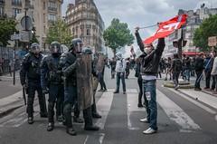 Paris - Grève Génèral (Melissa Favaron) Tags: paris france riot gas strike francia parigi banlieue studenti sciopero clashes casseur feriti blackblok scontri lacrimogeni blessés scioperogenerale scioperonazionale grevegeneral 140616 loidutravail grevenational