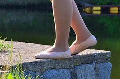 U vody (040) (Merman cviky) Tags: ballet socks tights socken pantyhose slipper nylon slippers spandex lycra medias nylons balletslippers strumpfhose strumpfhosen ballerinas collant collants cviky ballettschuhe schlppchen ballettschuh ballettschlppchen elastan pikoty punoche