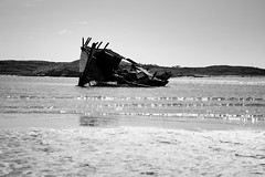 BWJPG---IMG_6428-1 (r4ytr4ce) Tags: ireland blackandwhite beach landscape 50mm boat eire donegal ire trchonnaill