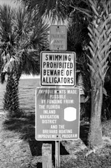 So no swimming then? (StefanKoeder) Tags: usa signs schilder sign warning florida olympusom2 adox silvermax olympuszuikoautow2828 nearcapecanaveral adoxsilvermaxdeveloper