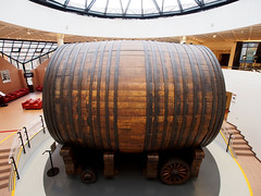 Mercer's  Cathedral of Champagne Cask (DaveKav) Tags: oak wine champagne barrel 1989 gigantic mercier cask 200000 eperney twentytonne twentyton