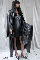 Kleppermode (hpdyko) Tags: fashion dolls rosenheim klepper regenmantel kleppermantel kleppermode