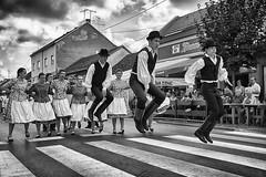 0355 Levitation (Hrvoje Simich - gaZZda) Tags: city street performers djakovo croatia people levitation dance nikon nikond750 nikor283003556 gazzda hrvojesimich vezovi 50