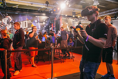 20160618_StephanieLindgren_3653 (DreamHack) Tags: expo payday razer dhs16
