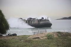 160618-M-MO883-020 (CTF 76) Tags: green thailand sailors marines usnavy meet greet carat portvisit thl lcac amphibiouslanding 2ndbattalion cooperationafloatreadinessandtraining ussashlandlsd48 2ndmarines us7thfleet forwardpresence thaiarmedforces