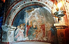 """The Virgin Mary with Child and Angels"" - fresco about 1280 signed MAGISTER CONXOLUS PINXIT HOC OPUS (=Master Conxolus painted this work) - Monastery of ""Sacro Speco"" (=Holy cave) of Saint Benedict - Subiaco (Rome) (* Karl *) Tags: italy rome angel virginmary subiaco sacrospeco holycave conxolus"