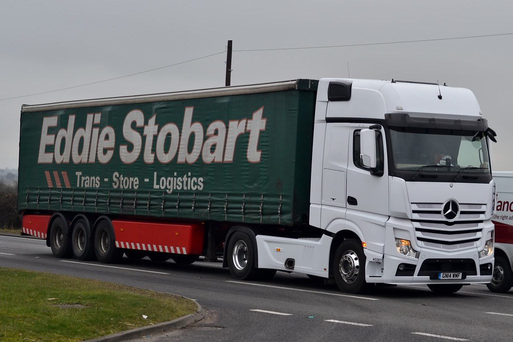 the world 39 s best photos of eddiestobart and mercedesbenzactros flickr hive mind. Black Bedroom Furniture Sets. Home Design Ideas