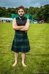Backhold Wrestler: Matthew Southwell (FotoFling Scotland) Tags: scotland kilt argyll event wrestler lochlomond highlandgames luss meninkilts backholdwrestling lusshighlandgames matthewsouthwell lussgathering