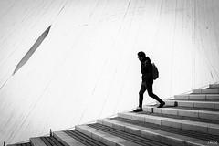 Entre Terre et Lune (Julien Rode) Tags: street urban nb portfolio ville escaliers personnage lehavre