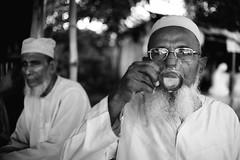 Evening Tea (Ovhiik) Tags: portrait beard tea oldman oldmen spectacle environmentalportrait