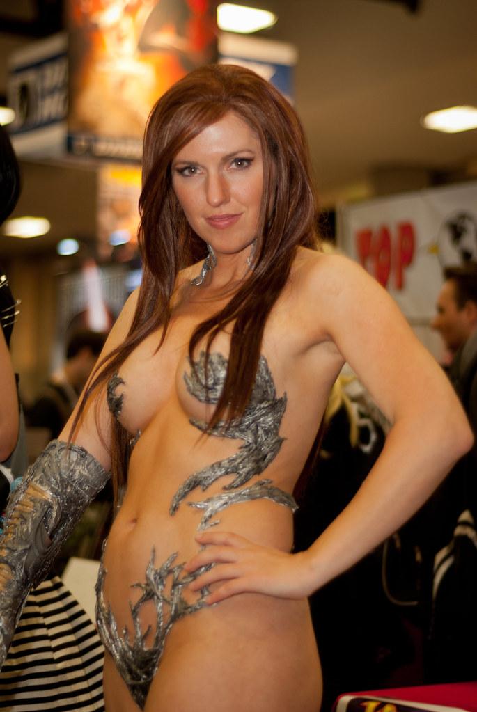 sexy comic con girls nude