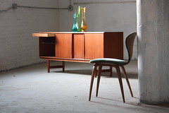 Danish Mid Century Modern Teak Long Credenza (Denmark, 1970s) (Kennyk@k2modern.com) Tags: chicago k vintage denmark fifties retro 1950s 1960s dwr 1970s kenny seventies interiordesign sixties credenza hansolsen artglass midcentury teak rosewood mcm selig gunniomann fremrojle brunomathsson normancherner johannesandersen dyrlund borgemogensen georgemulhauser franceandson tambourdoor arnehovmandolsen pretzelchair kinzco kofoedhornslet erikchistensen k2modern midcenturymodernchicago k2modernchicago kennykchicago instagramk2modern k2moderntumblr arnevoder hghansen