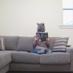 Werewolf reads Zombies vs. Unicorns (sonyacita) Tags: werewolf self square book mask bsquare