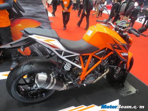 KTM-Tokyo-Motor-Show-2013-06