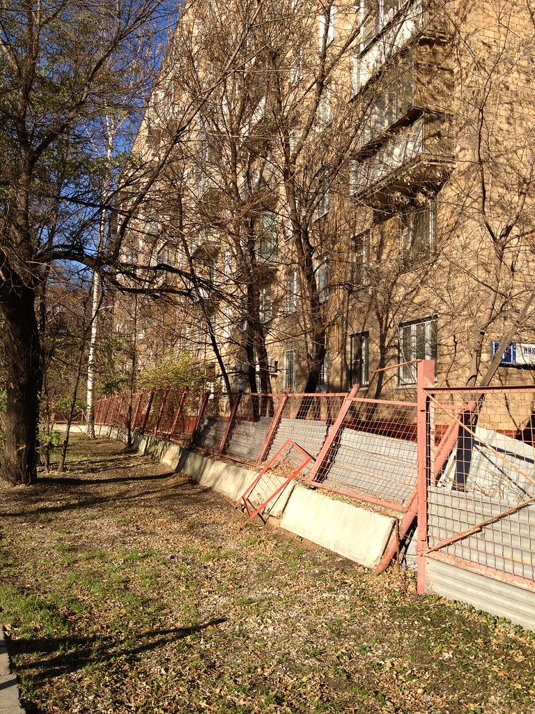 Забор около дома 1 по ул. Николаева демонтирован 11105878196_d76a63f74b_b