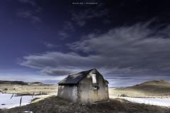 The Hut of the Shepherd (Nicolas Joly Photographies) Tags: blue winter sky clouds canon landscape lac hut 1740 auvergne cabane volcan pavin