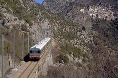 Cuneo-Ventimiglia_1990_35_5919 (claus_pusch) Tags: railroad eisenbahn railway cuneo ventimiglia ferrovia limonepiemonte chemindefer breilsurroya tendabahn vallederoya