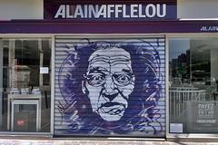 94 - Vitry-sur-Seine (o_Ouissem) Tags: street streetart paris art spray shutters shutter rideau pochoir sprayart vitry vitrysurseine closedshops c215