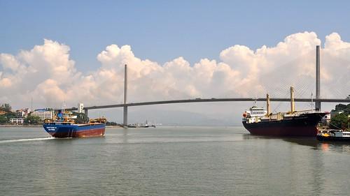 The Bãi Cháy Bridge, Ha Long city, Vietnam