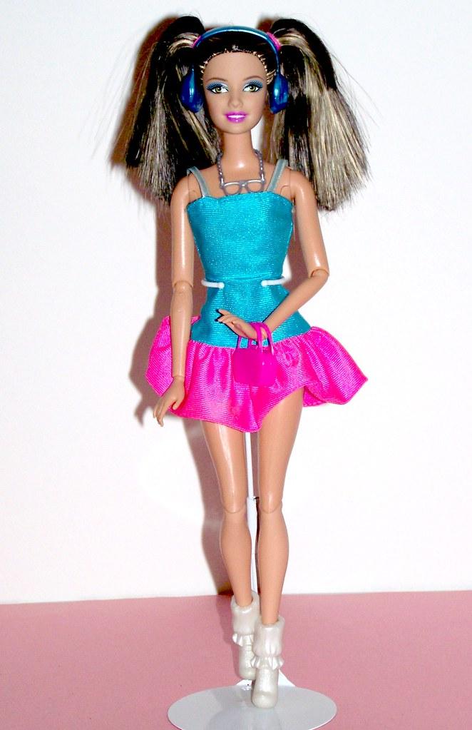Barbie fashionistas in the spotlight cutie doll 65