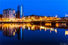 Limerick (D.A. Lichtbilder) Tags: bridge blue ireland sky reflection water lights hotel nikon wasser himmel irland eire shannon hour d750 hotels blau fx brcke limerick lichter blaue reflektionen stunde