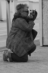 Isa, un sacr bout de femme (Et si, et si ...) Tags: portrait monochrome isabelle anniversaire ddicace danslalignedemire