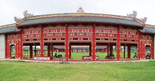 hue - vietnam 17