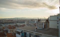 Sunrise 7am (Ckom) Tags: city sky sunlight france clouds sunrise de soleil marseille lumire ciel nuages ville lever toits