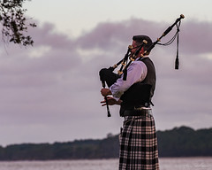 Bagpipes At Sunset (Irishmic1) Tags: bagpipes seaisland