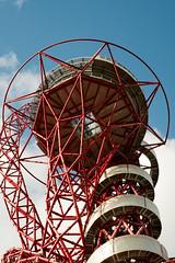 A New Way Down (photosam) Tags: london england unitedkingdom fujifilm xe1 fujifilmx prime raw lightroom xf35mm114r xf35mmf14r stratford eastlondon anishkapoor architecture art sculpture slide participation