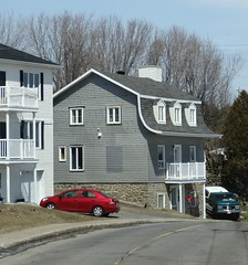 Quebec. French roof on house on the Avenue Royale. (denisbin) Tags: roof house river pond quebec cottage icy maplesyrup frenchstyle adamsfamily saintlawrence chezmarie royalroad avenueroyale icypond frenchroof produitsderable